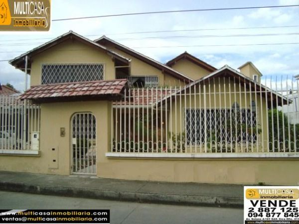 SPACIOUS BACKYARD ON NICE HOUSE AT 10 MINUTES FROM THE CENTER OF CUENCA