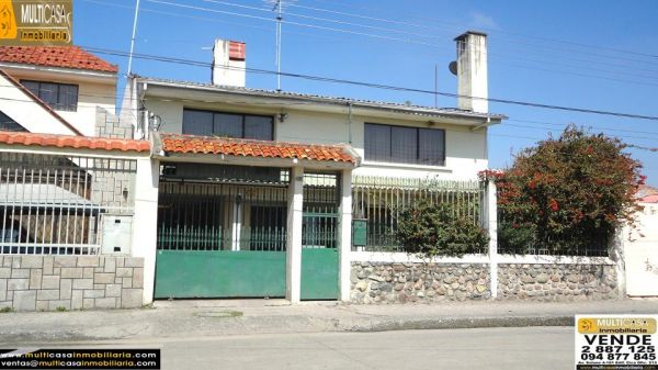 HOUSE IN THE STYLE OF CUENCA, NICE, COMFORTABLE, COZY AND SPACIOUS