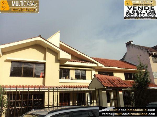Casa en Venta a crédito con finos Terminados sector Av. Solano Cuenca - Ecuador