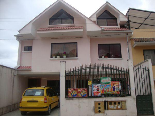 Vendo Villa Grande en Urbanizacion La Union
