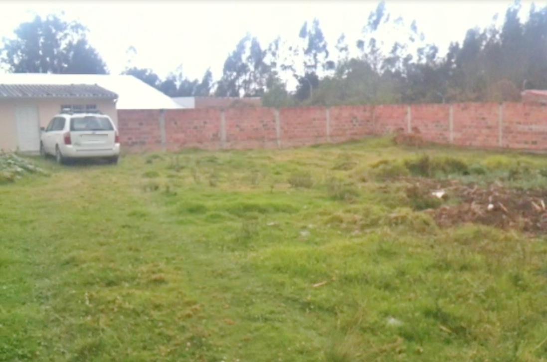 Terreno en Venta a crédito amplio y plano sector Ordoñez Lasso  Cuenca - Ecuador