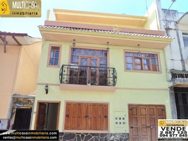 Casa Rentera en Venta con Local comercial a Crédito sector Centro de la Ciudad Cuenca - Ecuador