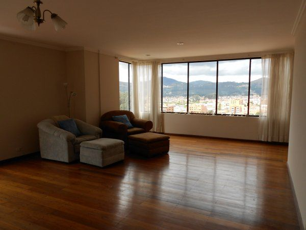 Gran Apartamento Disponible con Buenas Vistas