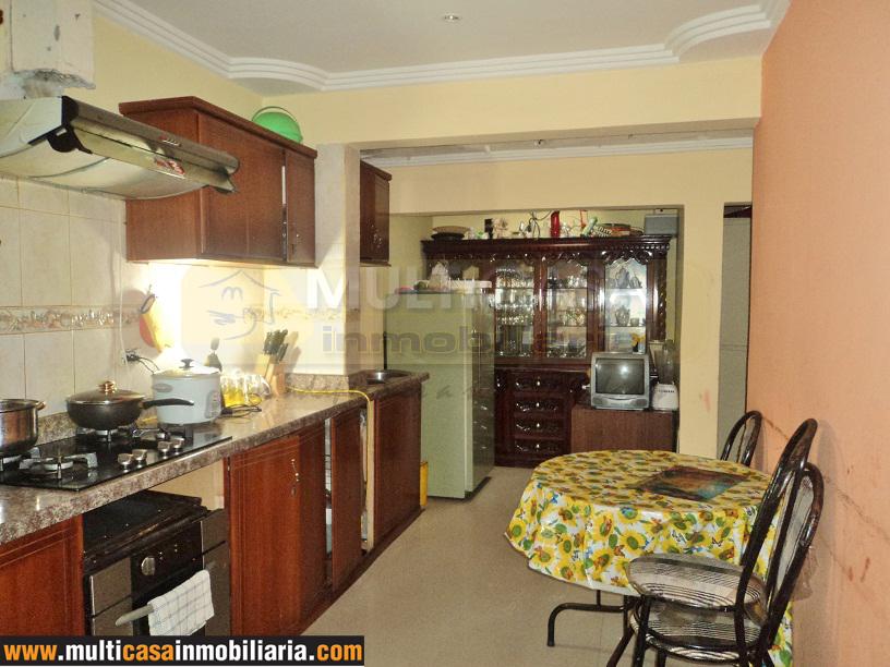 Villa en Venta a crédito sector Avenida 27 de Febrero Cuenca - Ecuador