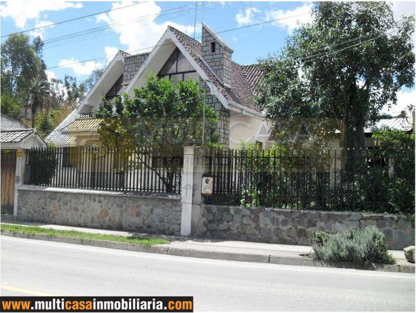 Venta de hermosa casa a crédito en Chordeleg Cuenca - Ecuador
