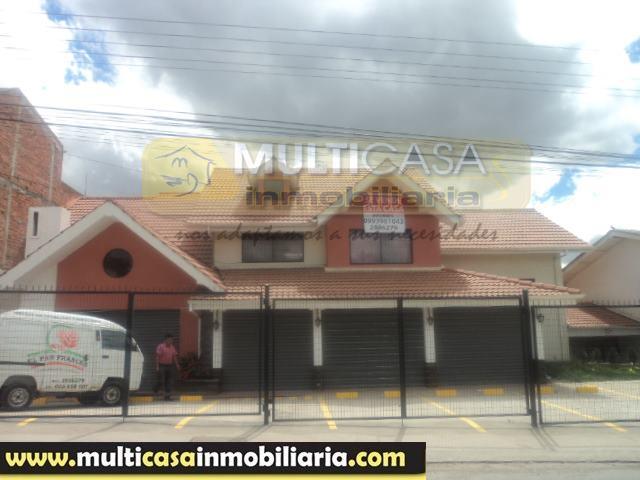 Venta de Hermosa Casa Comercial Amplia a crédito por el sector Misicata Cuenca - Ecuador