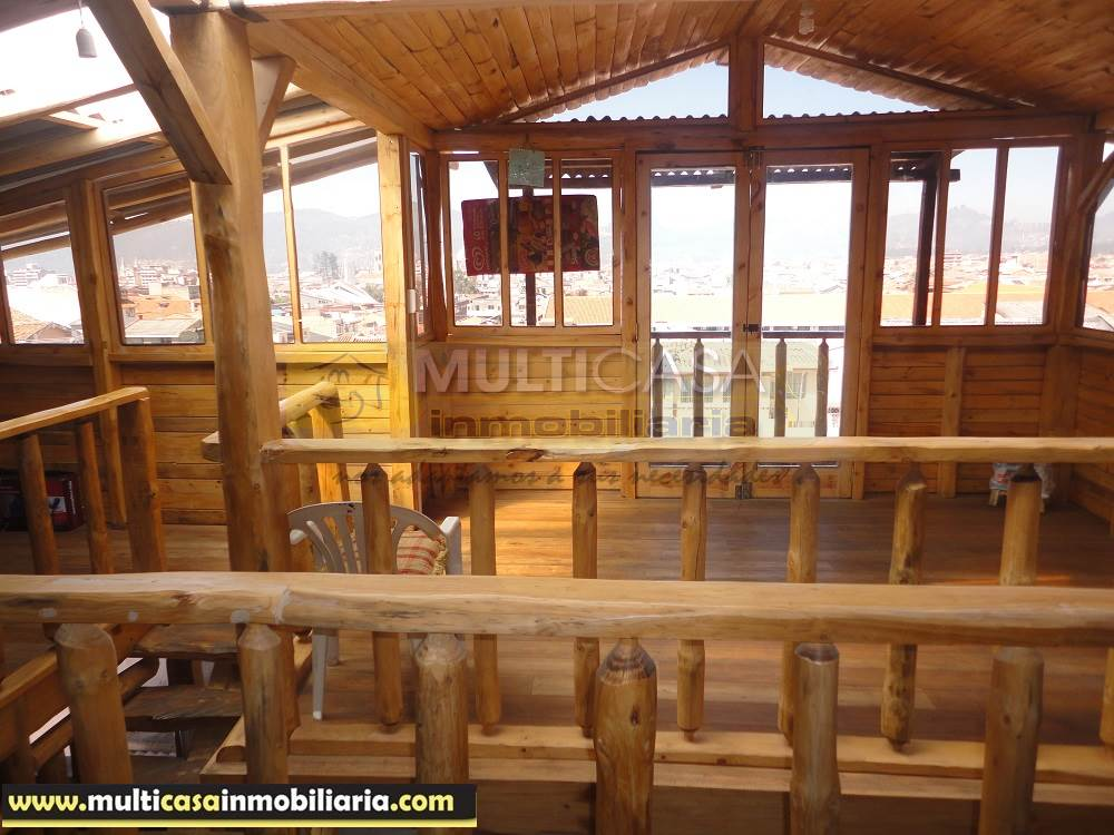 Casa Comercial en Venta con Mini departamento Sector Héroes de Verdeloma Cuenca - Ecuador
