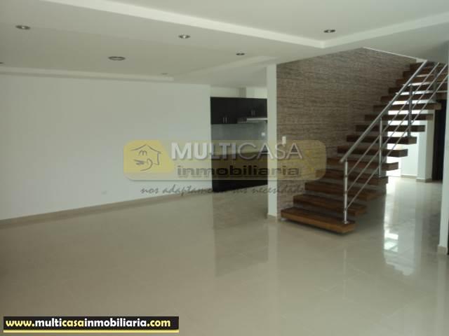 Venta de Hermosa Casa a crédito sector Av. Loja Cuenca - Ecuador