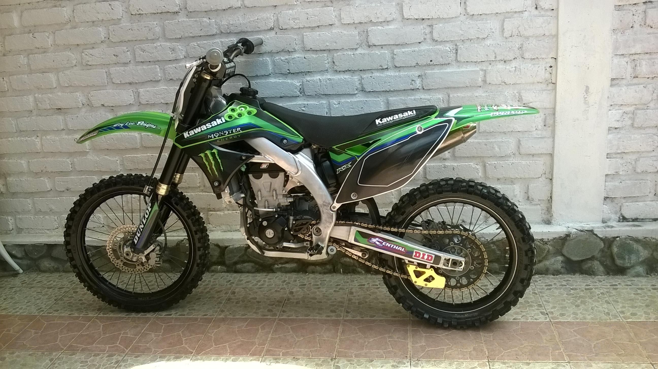VENDO MOTO KAWASAKI KX 450F