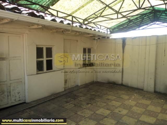 Casa Antigua en Venta a crédito sector Centro Histórico Cuenca-Ecuador