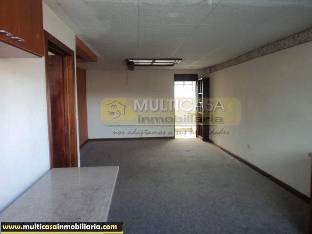 Casa Comercial en Venta de Dos departamentos a crédito Sector La República Cuenca-Ecuador