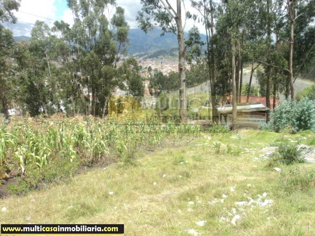 Venta de Hermoso Terreno amplio a crédito sector Tablón a 100 m de la Autopista Cuenca - Ecuador  <br><br>