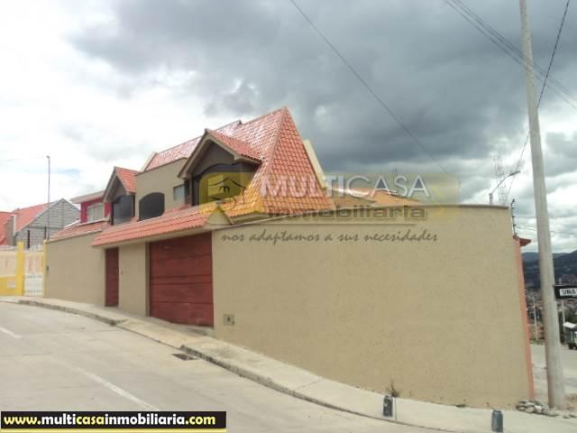 Venta de Hermosa Casa por estrenar a crédito sector La Pencas Cuenca-Ecuador <br><br>