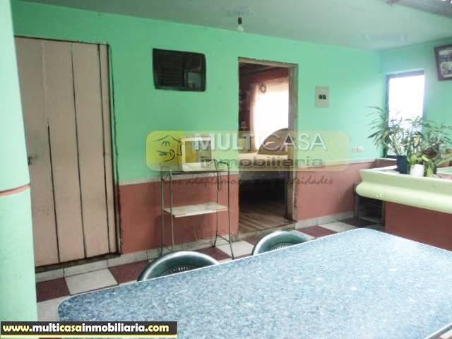 Venta de Hermosa Casa con Terreno a crédito sector Miraflores Cuenca-Ecuador <br><br>