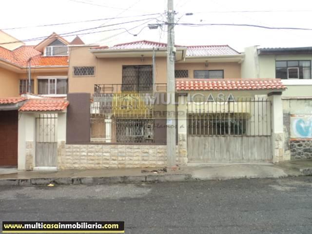 Venta de Hermosa Casa Comercial a crédito sector Totoracocha Cuenca-Ecuador <br><br>