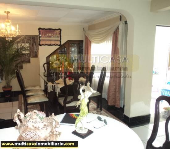 Casa Rentera en Venta con mini departamento, local comercial Sector Totoracocha Cuenca-Ecuador