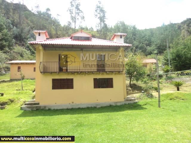 Venta de Hermosa Casa de Campo a crédito sector Sigsipamba Alto Vía a Deleg Cuenca-Ecuador <br><br>
