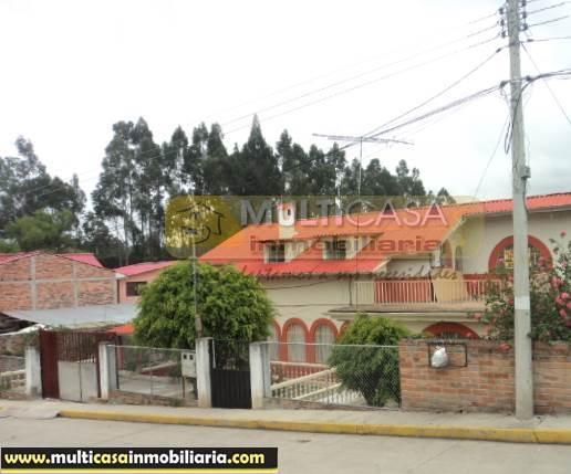 Venta de Hermosa Casa rentera con un mini departamento a crédito sector Uncovia Cuenca-Ecuador <br><br>