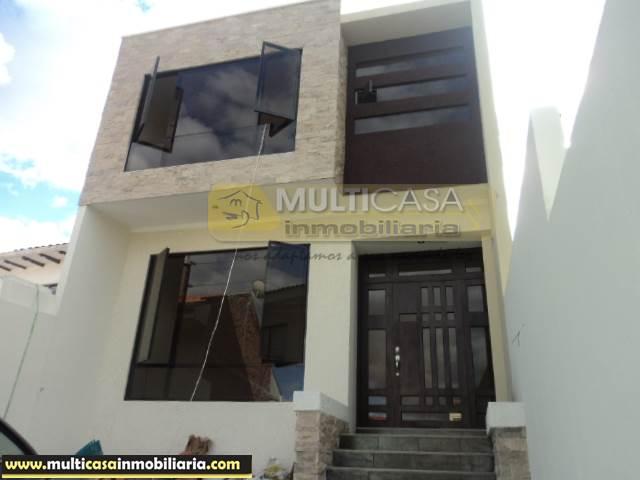 Villa por estrenar en Venta a Crédito sector Oro Verde Cuenca-Ecuador