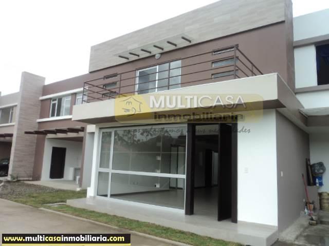 Casa en Venta a Crédito en condominio Sector Challuabamba Cuenca-Ecuador