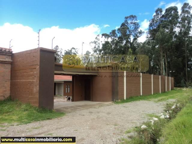 Casa en Venta a Crédito de Lujo Sector Ordoñez Lazo Cuenca-Ecuador