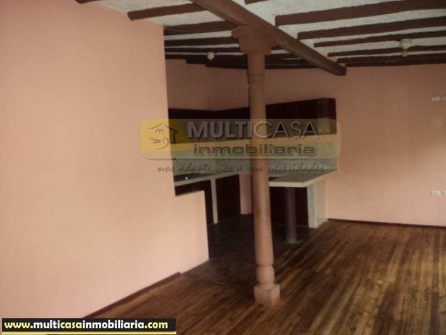 Venta de Hermosa Casa Comercial a crédito sector Centro de la Ciudad Cuenca-Ecuador <br><br>