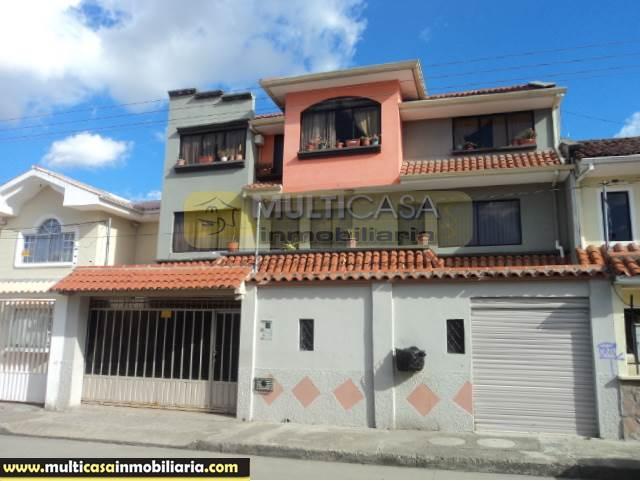 Casa Rentera con Mini departamento en Venta a Crédito Sector Yanuncay Cuenca-Ecuador