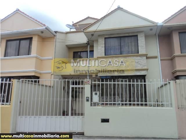 Venta de Hermosa Casa con grandes espacios verdes a crédito sector Coliseo Cuenca-Ecuador <br><br>