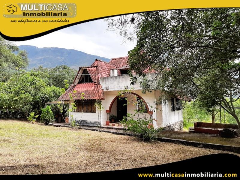 Rento Quinta con espacios verdes Sector Planeta Azul Gualaceo - Ecuador