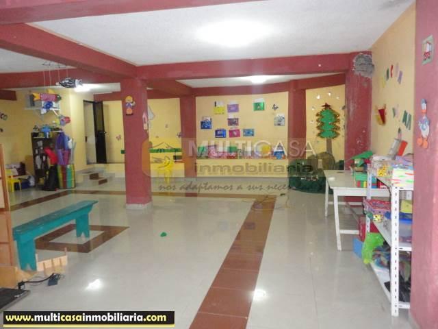 Venta de Hermosa Casa Comercial a crédito sector Gualaceo Cuenca-Ecuador <br>