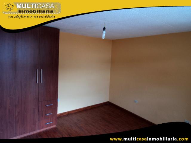 Venta de Hermosa Casa a crédito sector Quinta Chica Baja Cuenca-Ecuador