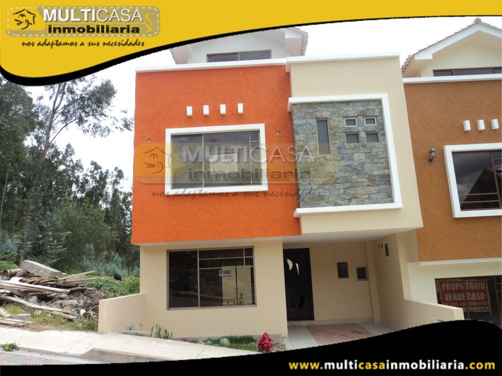 Venta a crédito Hermosa casa por estrenar de Tres pisos con garaje  Sector Patamarca Cuenca-Ecuador