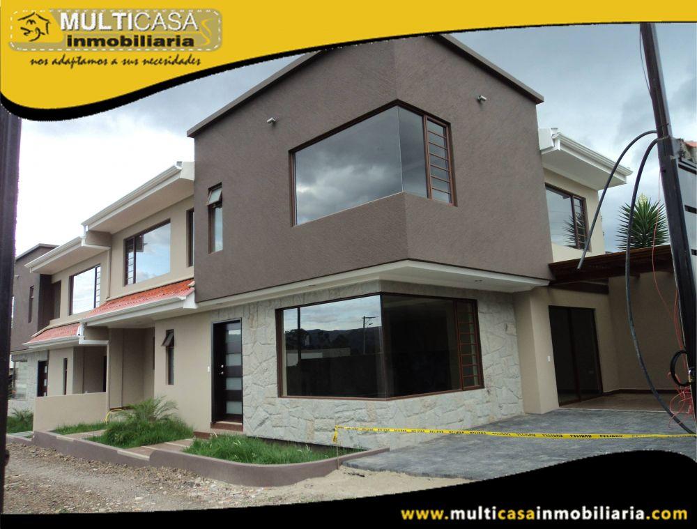 Venta de Hermosa Casa a crédito en Urbanización Privada con garaje para dos vehículos Sector Challuabamba Cuenca – Ecuador <br><br>
