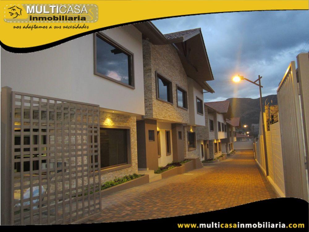 Venta de Hermosas Casas a crédito en Conjunto Privado con garaje para dos vehículos Sector Challuabamba Cuenca-Ecuador