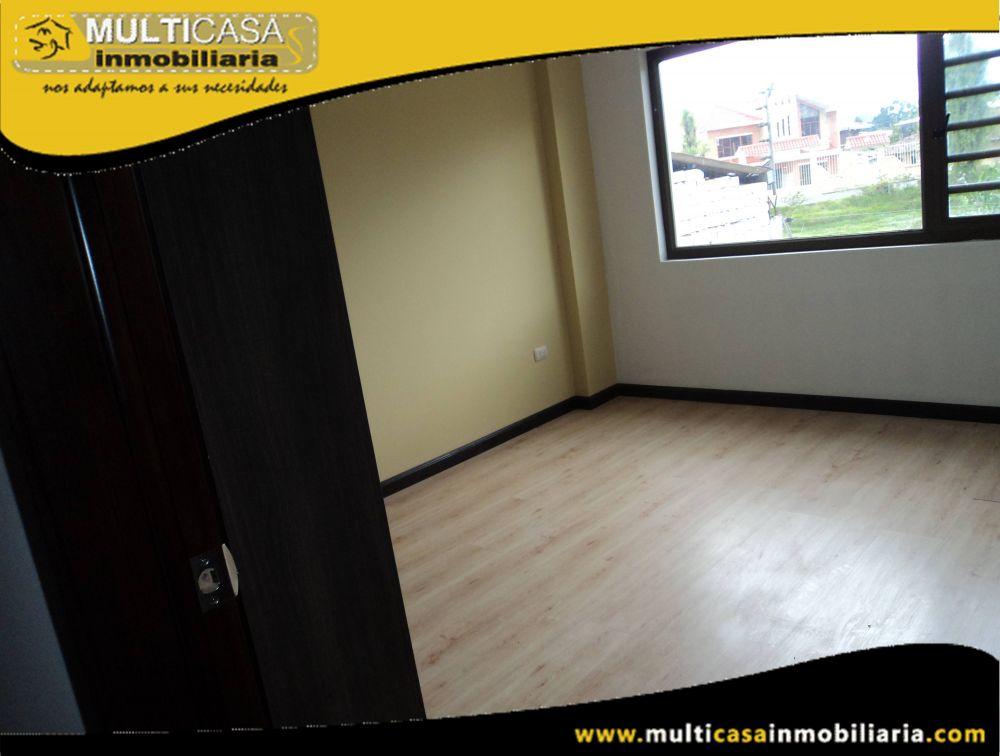 Casa en Venta a Crédito en Ciudadela Privada Sector Ricaurte Cuenca-Ecuador