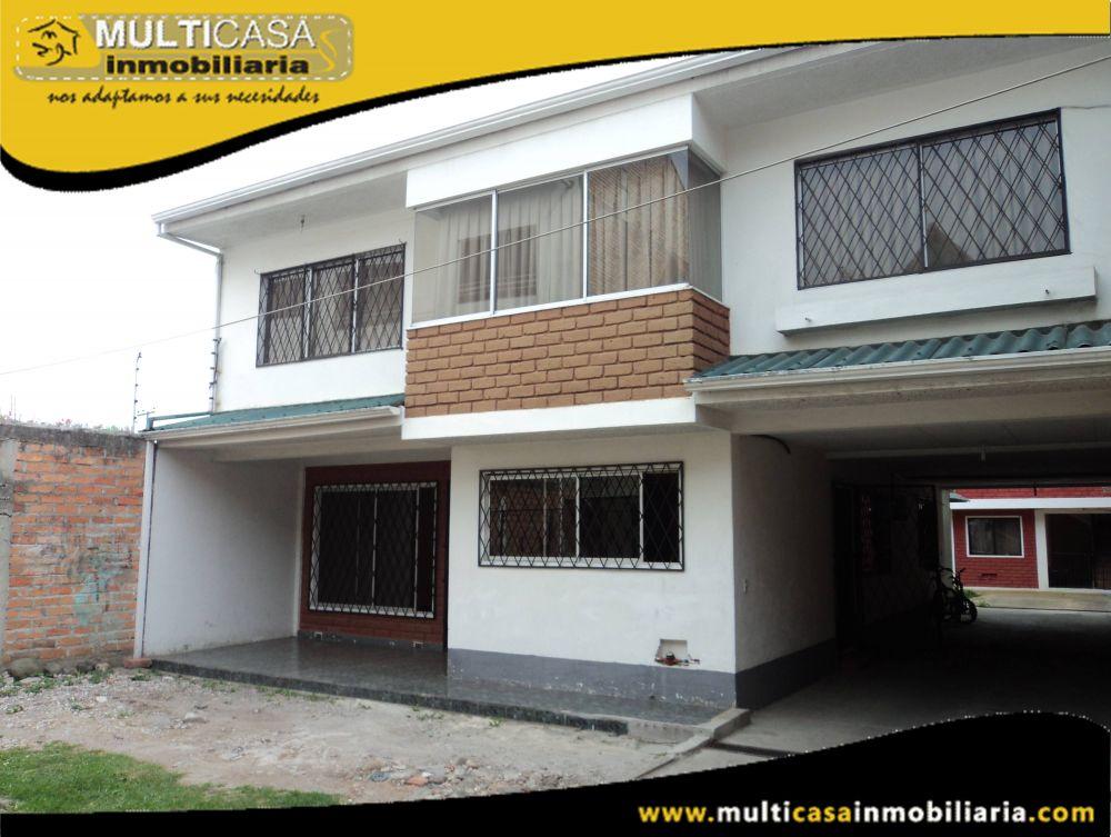 Venta de Hermosa Casa Comercial en Urbanización Privada con Dos departamentos Independientes a crédito Sector Totoracocha Cuenca-Ecuador <br>
