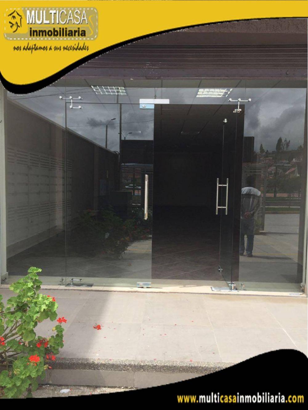 Arriendo Local Comercial con garaje para dos vehículos Sector Super Stock Cuenca-Ecuador