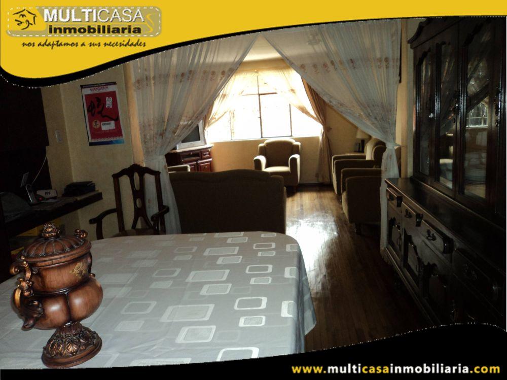 Venta de Hermosa Casa con Minidepartamento  y garaje para dos vehículos  Sector Héroes de Verdeloma  Cuenca – Ecuador <br>