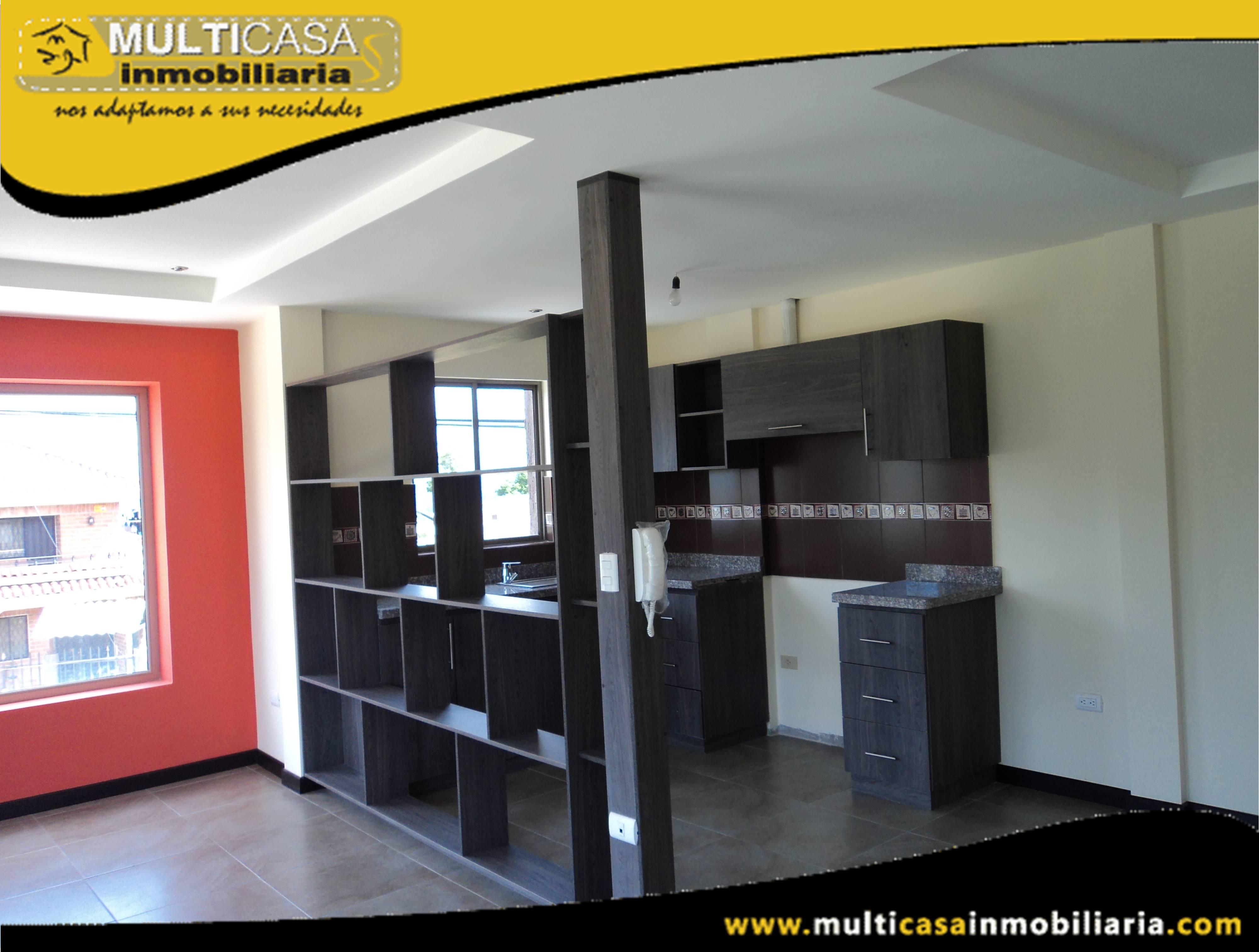 Venta de Hermosa Casa Comercial de Tres Departamentos a crédito con garaje para tres vehículos Sector Racar Cuenca – Ecuador <br>