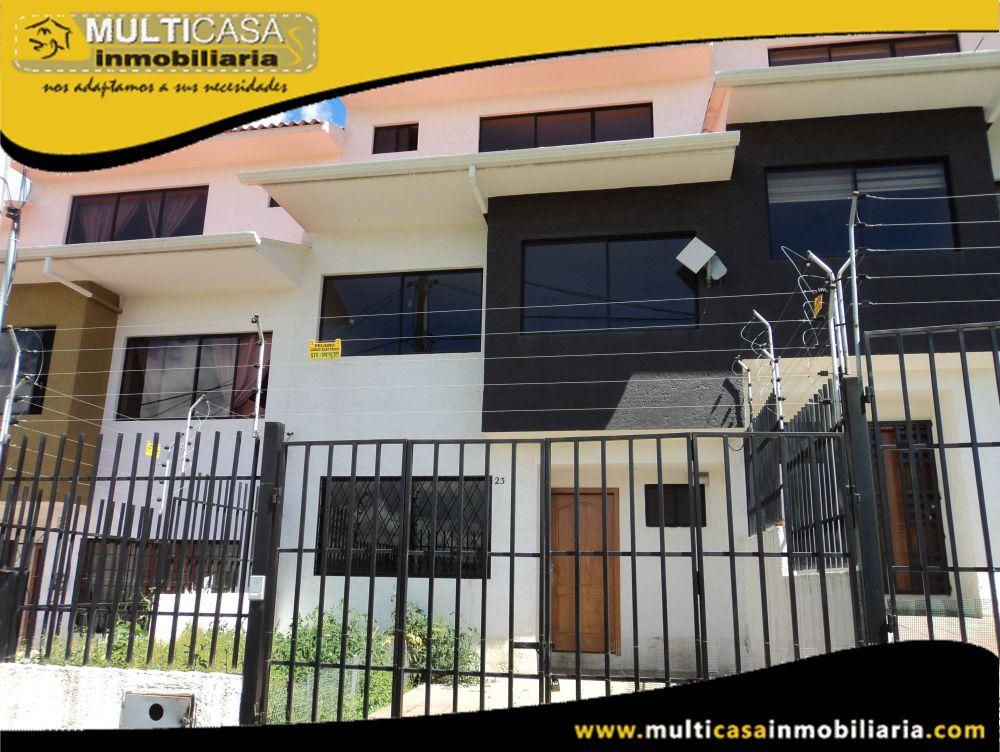 Venta de Hermosa casa de Tres plantas a crédito Sector El Tejar Cuenca-Ecuador