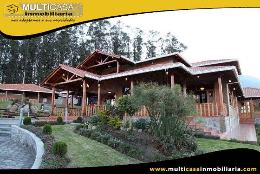 Venta de Hermosa Hostería Amoblada de seis cabañas de dos plantas de lujo con excelente clientela a crédito Sector Ibarra-Ecuador