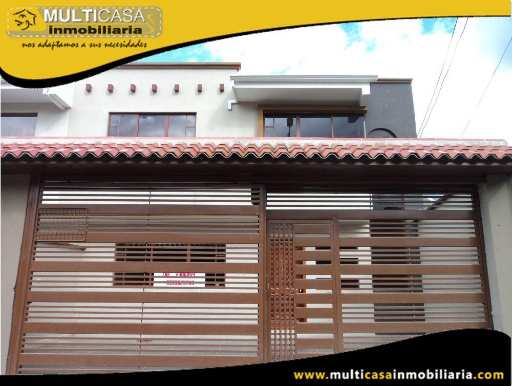 Venta de Hermosa casa a crédito por estrenar Sector Vía a Baños Cuenca-Ecuador