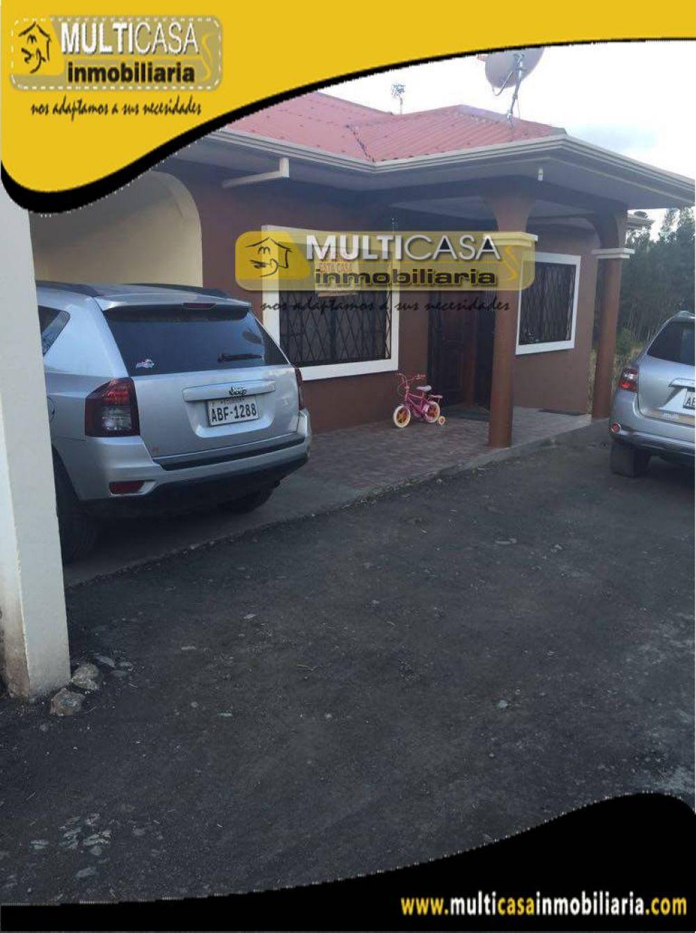 Venta de Hermosa casa a Crédito con garaje para seis Vehículos Sector Ricaurte Cuenca-Ecuador