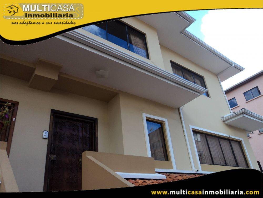 Arriendo Hermoso departamento en Condominio Privado con amplios espacios verdes Sector Av.Loja Cuenca-Ecuador