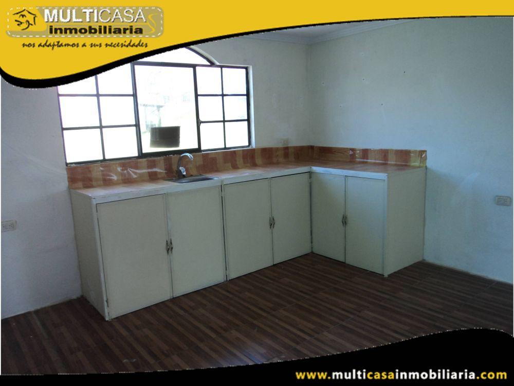 Arriendo Departamento con garaje para un vehiculo Sector Racar Cuenca-Ecuador