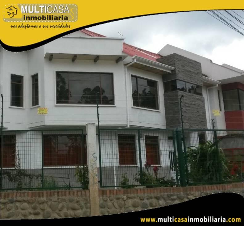 Arriendo Departamento en Condominio Privado con patio y garaje Sector Miraflores Cuenca-Ecuador