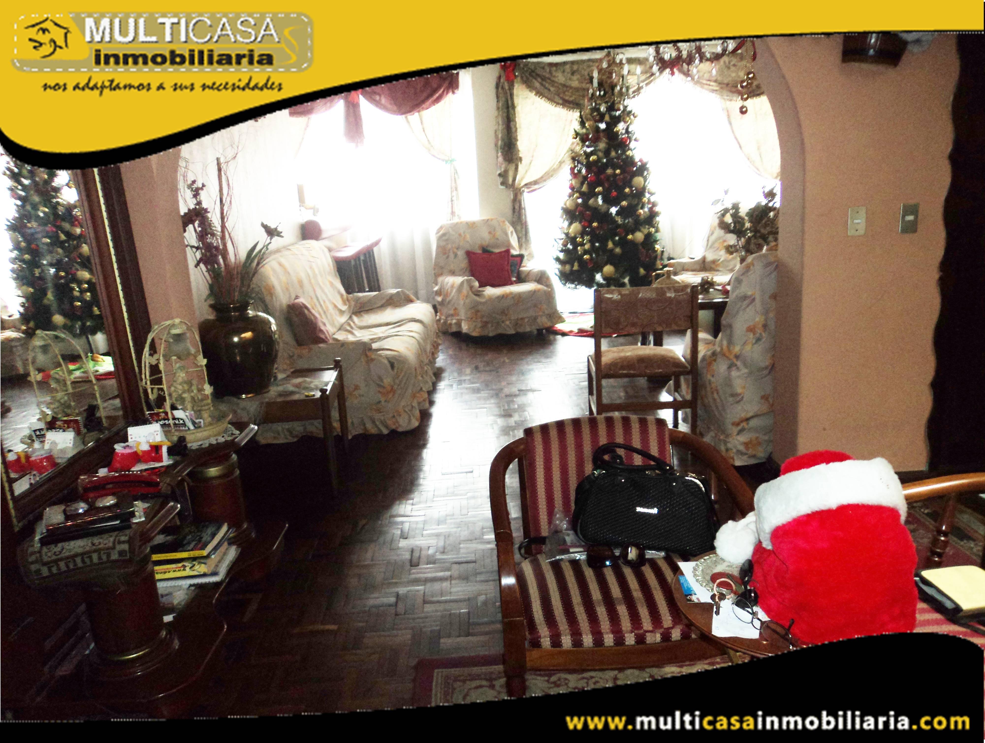 Venta de Hermosa Casa a Credito de Tres Departamentos y Local Comercial Sector Banco Central Cuenca-Ecuador