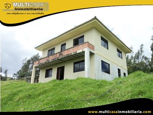 Casa en Venta a Crédito Sector El valle Cuenca - Ecuador