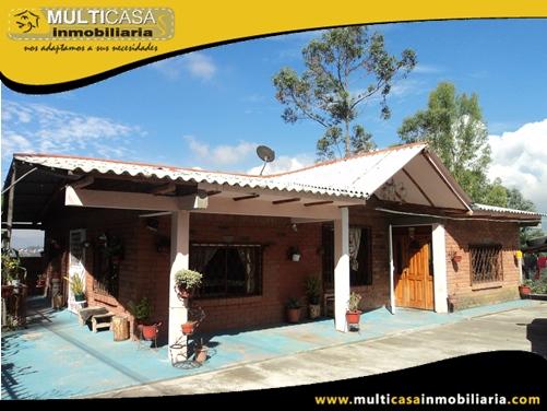 Casa en Venta con Terreno a Crédito Sector Ricaurte Cuenca-Ecuador