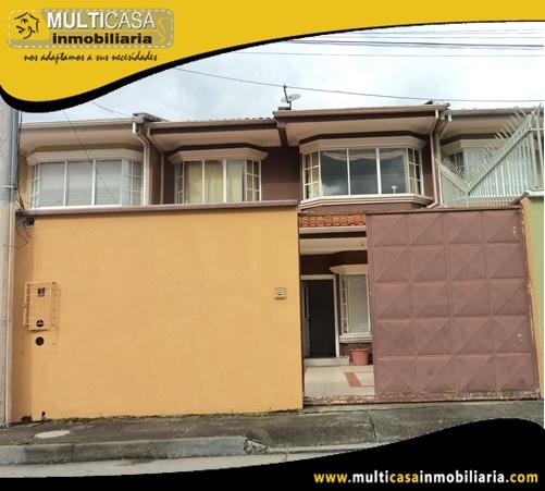 Villa en Venta en Urbanización Privada Sector Control Sur Cuenca-Ecuador